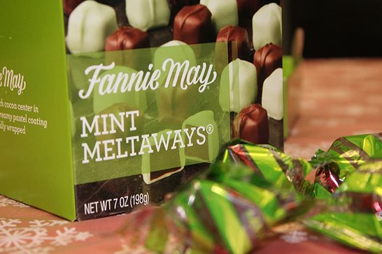 A box of Fannie May Mint Meltaways. Plaintiffs in a newly dismissed federal lawsuit alleged the longtime Chicago confectioner violated Illinois' consumer-fraud law by leaving too much empty space in some of its 7-ounce packages.